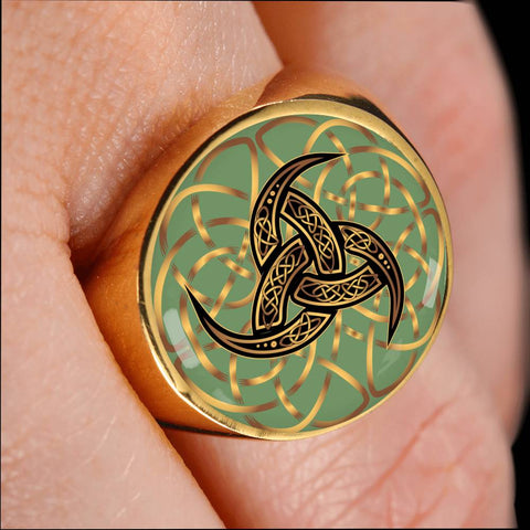 Image of Knot Celtic Crest Ring, Knot Celtic Ring, knot ring, celtic ring, knot celtic, celtic