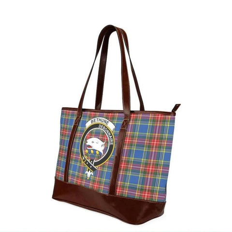 Bethune Tartan Clan Badge Tote Handbag Hj4 Handbags