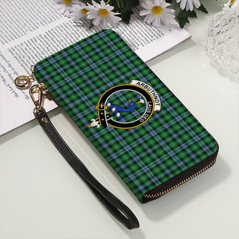 Image of ARBUTHNOTT TARTAN CLAN BADGE ZIPPER WALLET HJ4