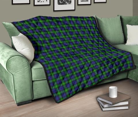 Image of Gordon Modern Tartan Premium Quilt TH8