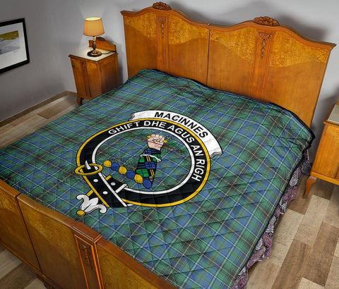 MacInnes Ancient Tartan Clan Badge Premium Quilt TH8