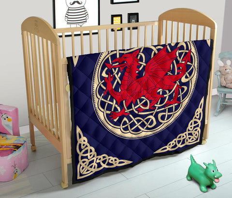 Image of Wales Premium Quilt - Welsh Dragon Quilt - BN02