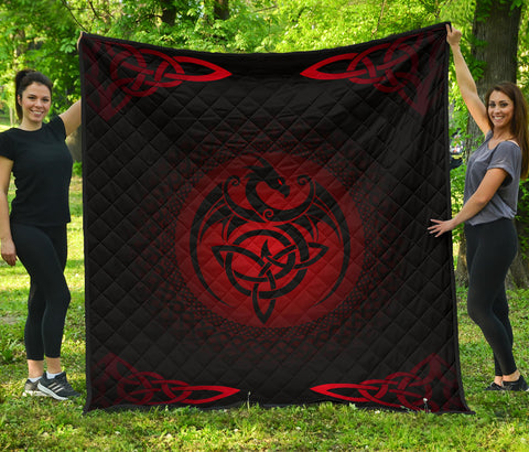 Celtic Premium Quilt - Celtic Dragon - Red | 1sttheworld