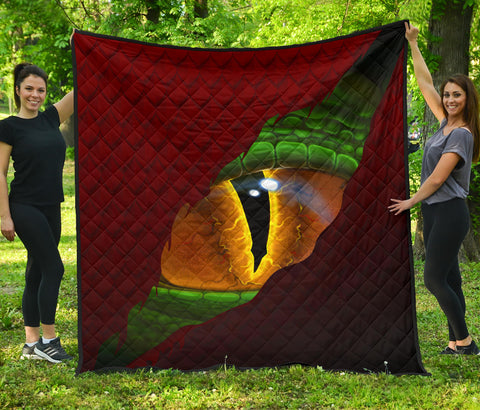 Welsh Premium Quilt - Dragon Eyes | Love The World