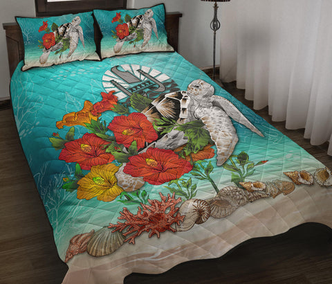 Image of  Tahiti Quilt Bed Set - Ocean Turtle Hibiscus | Love The World