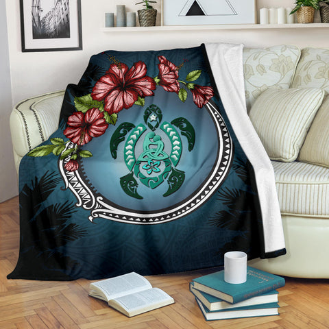 Image of Kanaka Maoli (Hawaiian) Premium Blanket - Polynesian Ohana Turtle Hibiscus Mother Son | Love The World