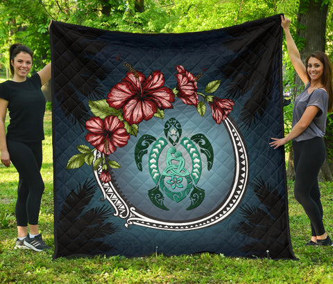 Image of Kanaka Maoli (Hawaiian) Premium Quilt - Polynesian Ohana Turtle Hibiscus Mother Son | Love The World
