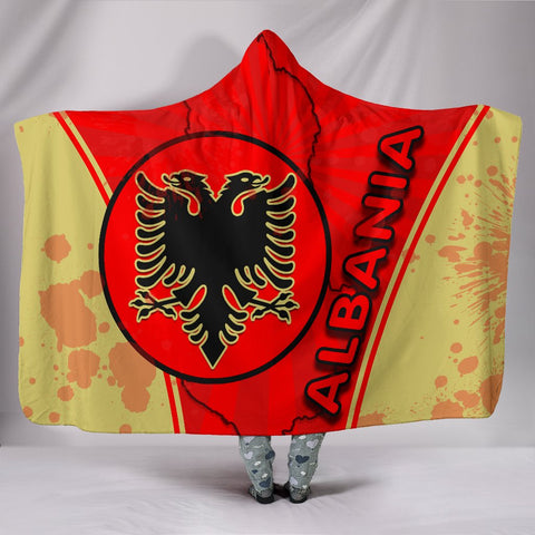 Image of Albania Hooded Blanket Circle Stripes Flag Version | 1sttheworld