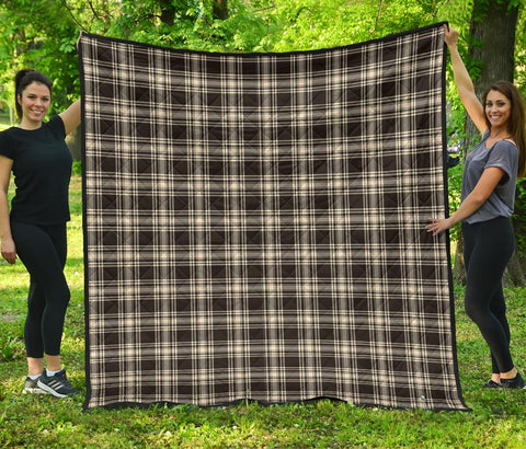 Menzies Black & White Ancient Tartan Premium Quilt | 1sttheworld.com