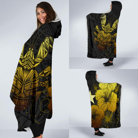 Image of Niue Hibiscus Coconut Crab Polynesian Hooded Blanket - Style Gold A10
