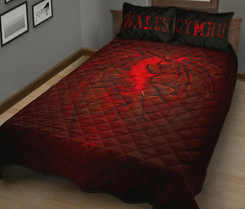 Wales Quilt Bed Set, Welsh Dragon Lava | Home Decor | Love The World