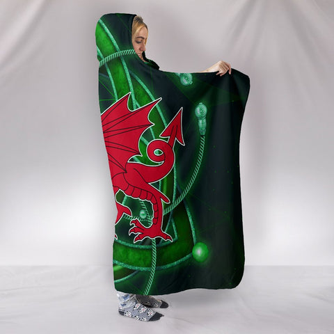 Celtic Wales Hooded Blankets - Dragon Wales With Celtic Symbol Ver02 - BN17