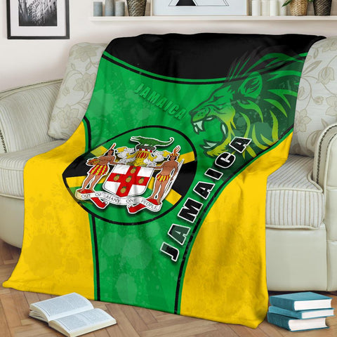 Jamaica Lion Premium Blanket Circle Stripes Flag Version 1 | 1sttheworld
