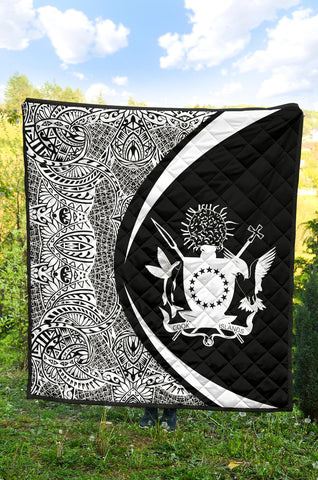 Image of Cook Islands Coat Of Arms Premium Quilt - Circle Style