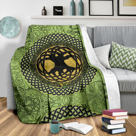 Image of Celtic Premium Blanket - Celtic Tree Of Life A18