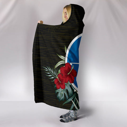Image of Yap Hibiscus Hooded Blanket A7