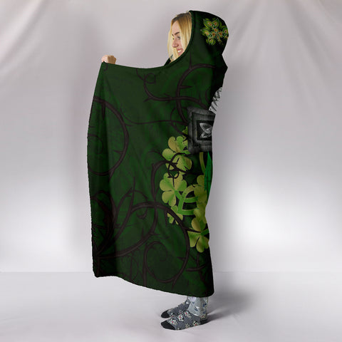 Irish Hooded Blanket Shamrock Celtic Cross A18
