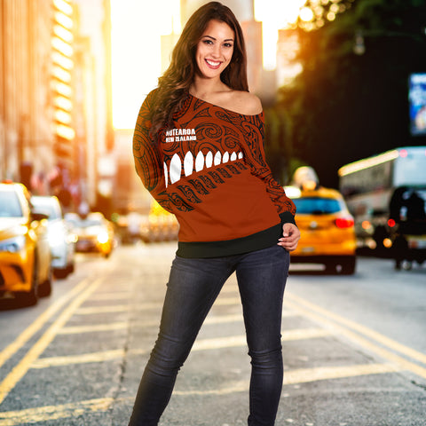 New Zealand - Aotearoa Off Shoulder Sweater (Brown) A6