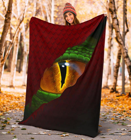 Welsh Premium Blanket - Dragon Eyes | Love The World
