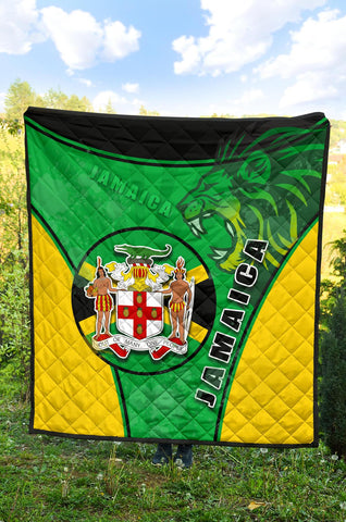 Jamaica Lion Premium Quilt Circle Stripes Flag Version K13