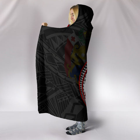 Image of Tonga Hooded Blanket Kanaloa Tatau Gen TO (Black) TH65
