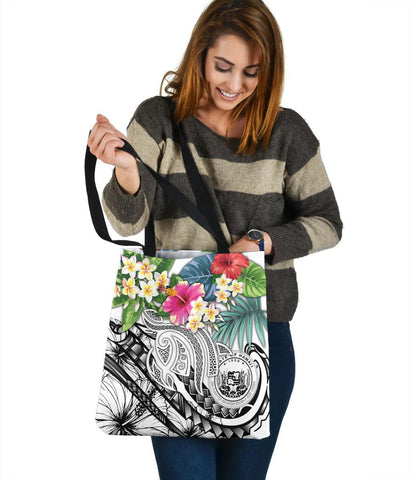 Image of Polynesian Hawaii Tote Bags - Summer Plumeria (White)