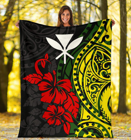 Hawaii Premium Blanket - Polynesian Patterns With Hibiscus Flowers
