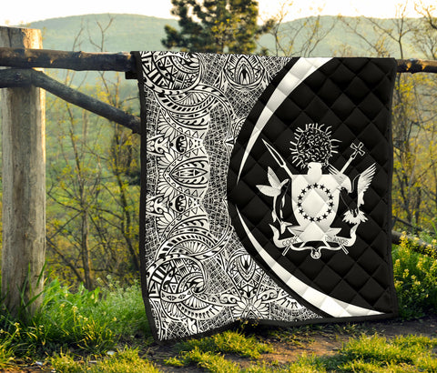 Image of Cook Islands Coat Of Arms Premium Quilt