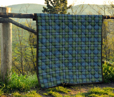 Image of Robertson Hunting Ancient Tartan Premium Quilt | 1sttheworld.com