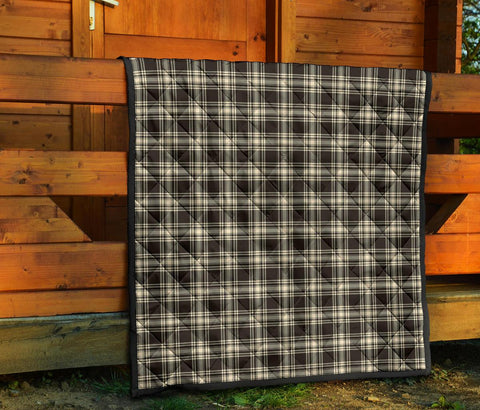 Menzies Black & White Ancient Tartan Premium Quilt TH8