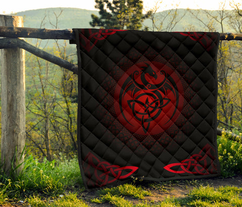 Celtic Premium Quilt  - Celtic Dragon - Red - J0
