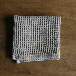 Fog LInen waffle face cloth - The Method