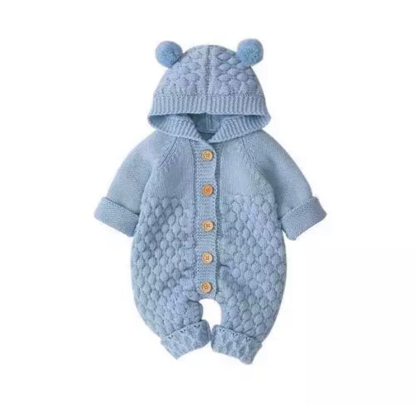 Blue-Winter-Outfits-Bear-Knit-Onesie