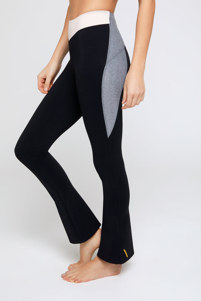 Sole Grey/Pink Flare Leggings - Sapopa