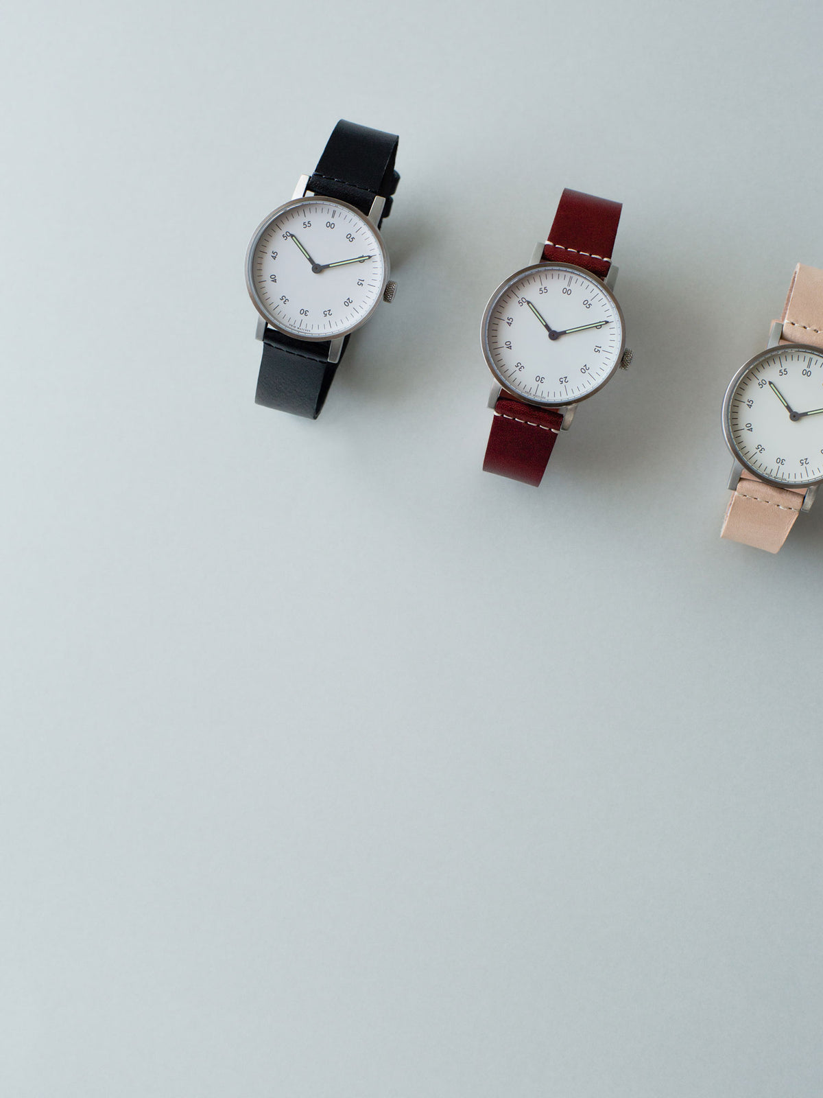 The V03B-BR/TN/WH, V03B-BR/TO/WH and V03D-BR/TB/WH by VOID Watches with a Swedish vegetable tanned leather strap.