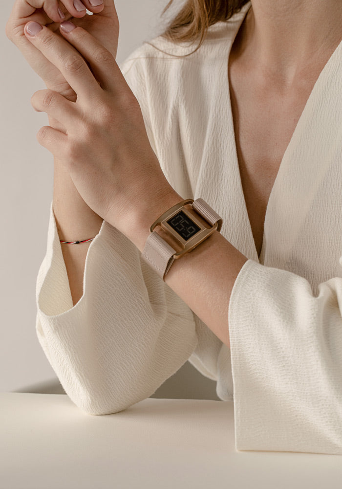 The PXR5-CO/DP from VOID Watches, designed by British Designer Michael Young.
