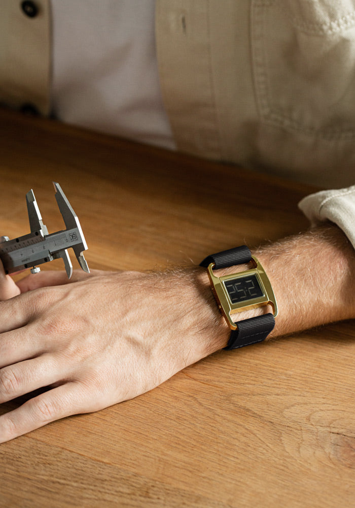 The PXR5-PG/BL from VOID Watches, designed by British Designer Michael Young.
