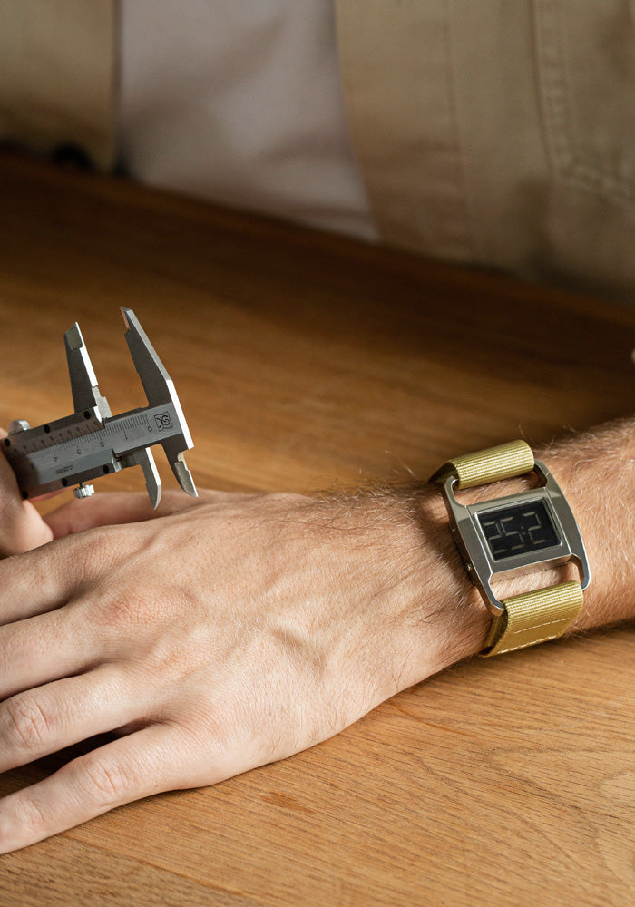 The PXR5-PO/YO from VOID Watches, designed by British Designer Michael Young.