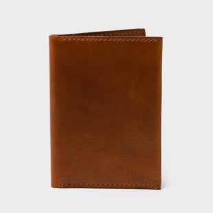 Bi-Fold Card Holder: Cognac