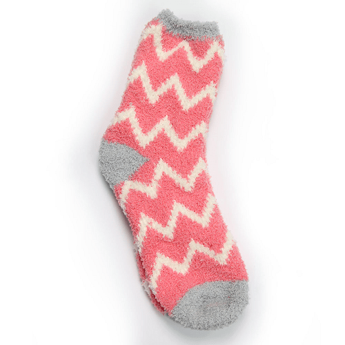 Women's Fluffy Snuggle Socks Pink & Cream Zigzags One Size