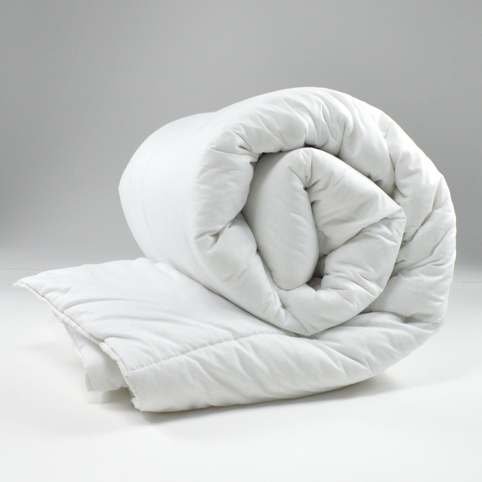 Hollowfibre duvet quilts