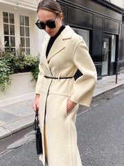 SCULPTURAL COAT N 05