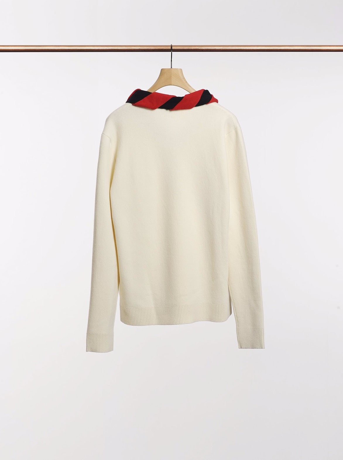 V NECK JUMPER WITH KNITTED SCARF