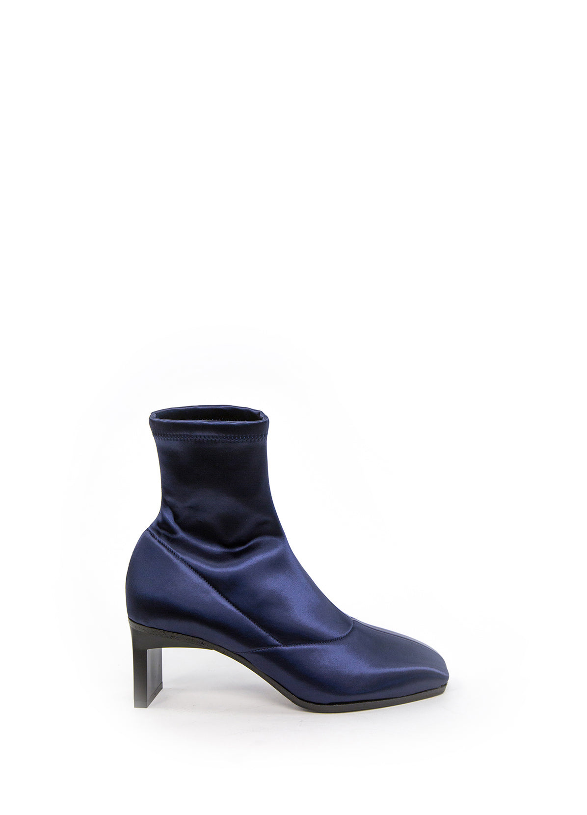 BLADE ANKLE BOOT