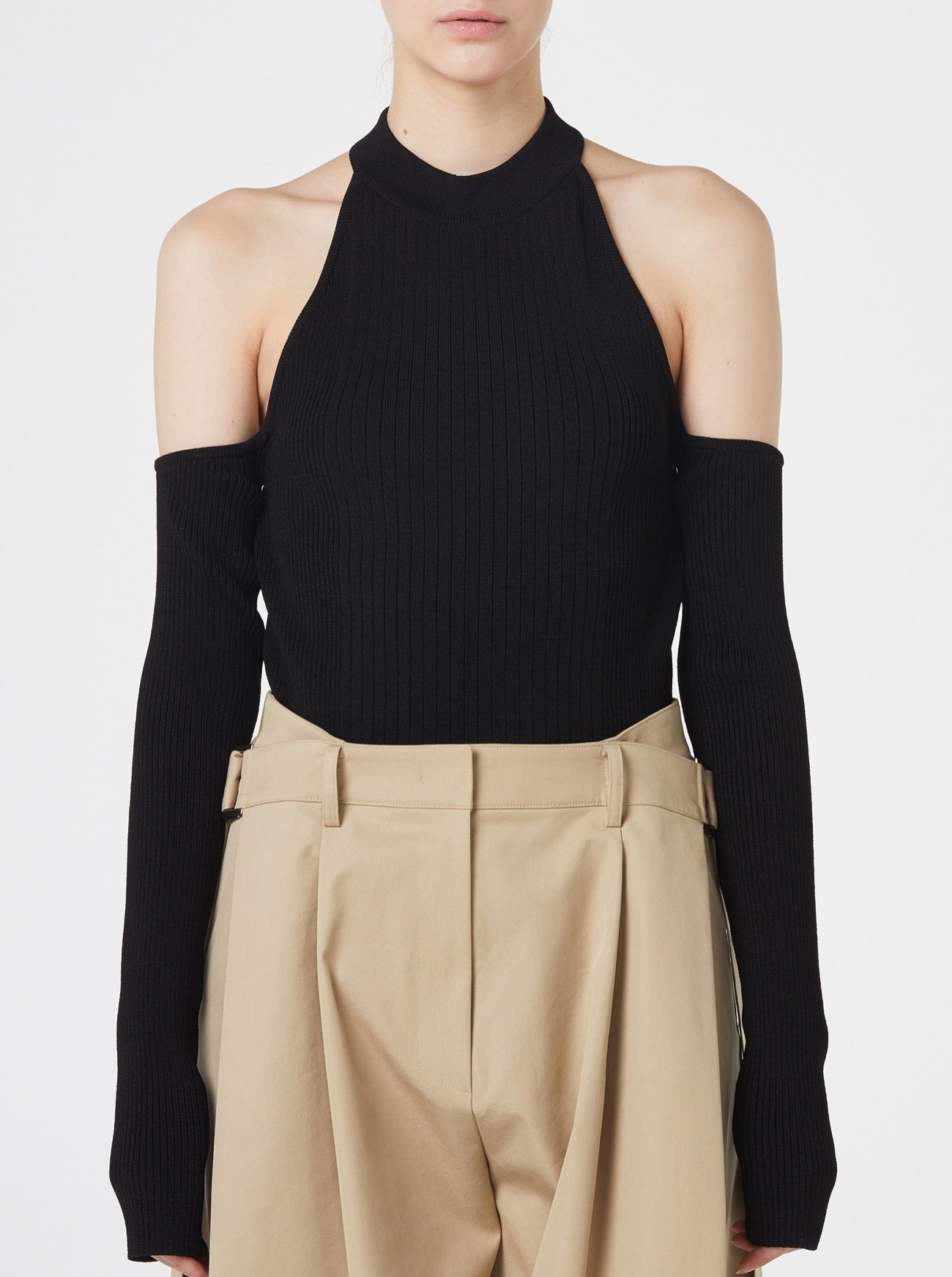 BLACK OPEN SHOULDERS TOP