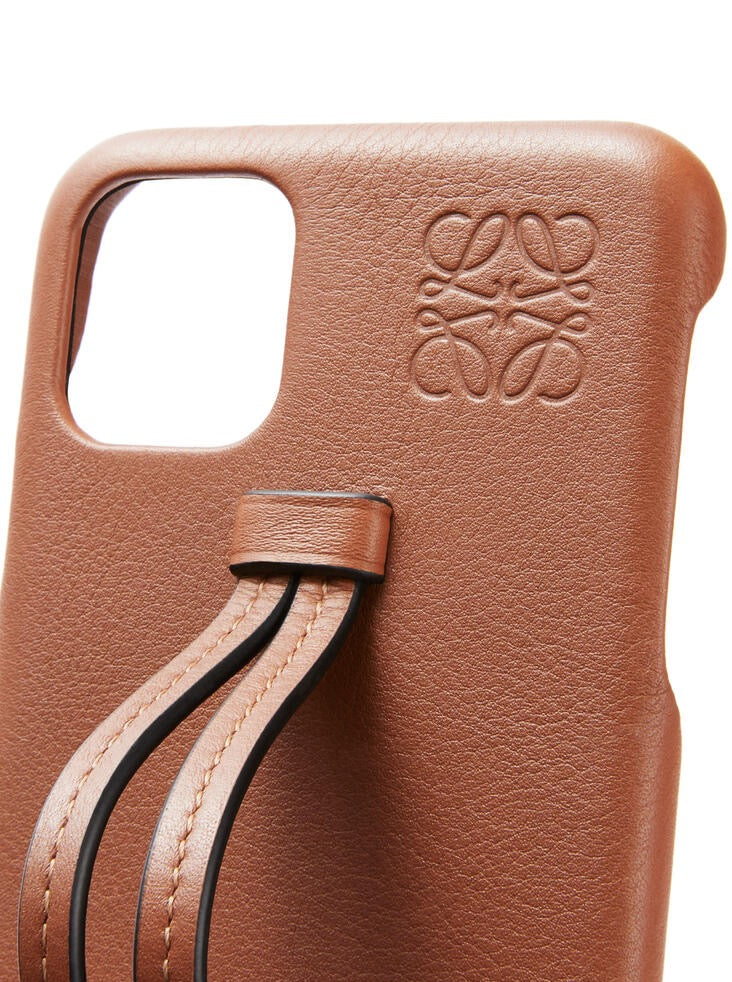 HANDLE PHONE COVER 11