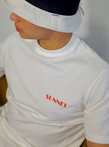 SUNNEI X TOM GREYHOUND LOGO T-SHIRT