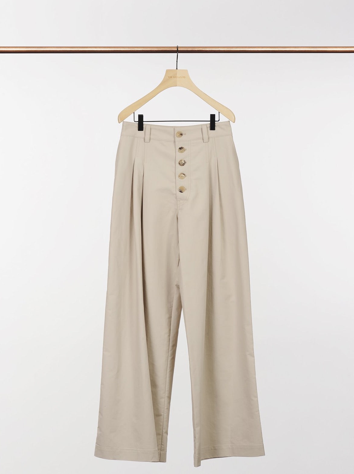 HIGH WAISTED BAGGY TROUSERS