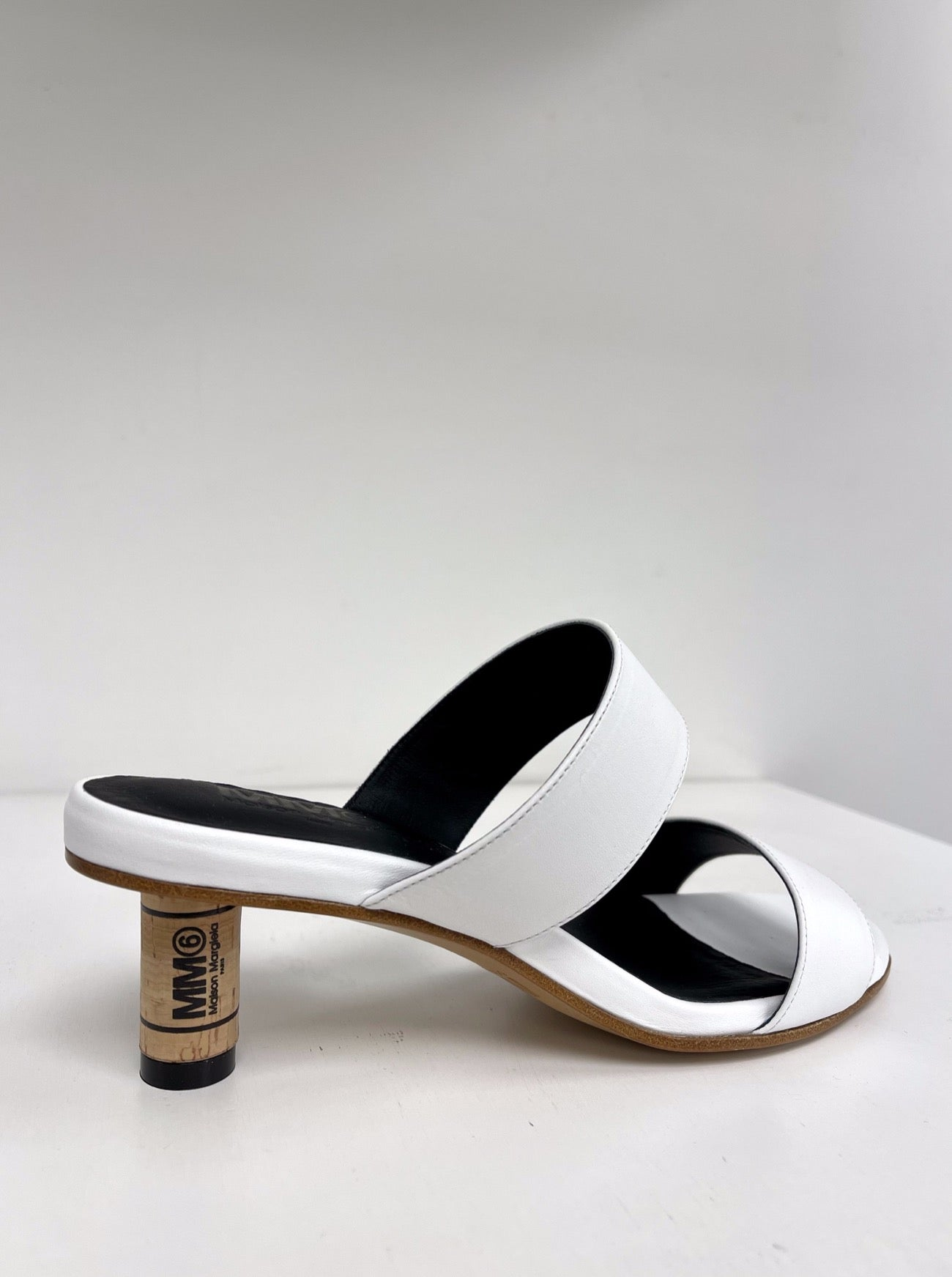 WINE CORK SANDAL