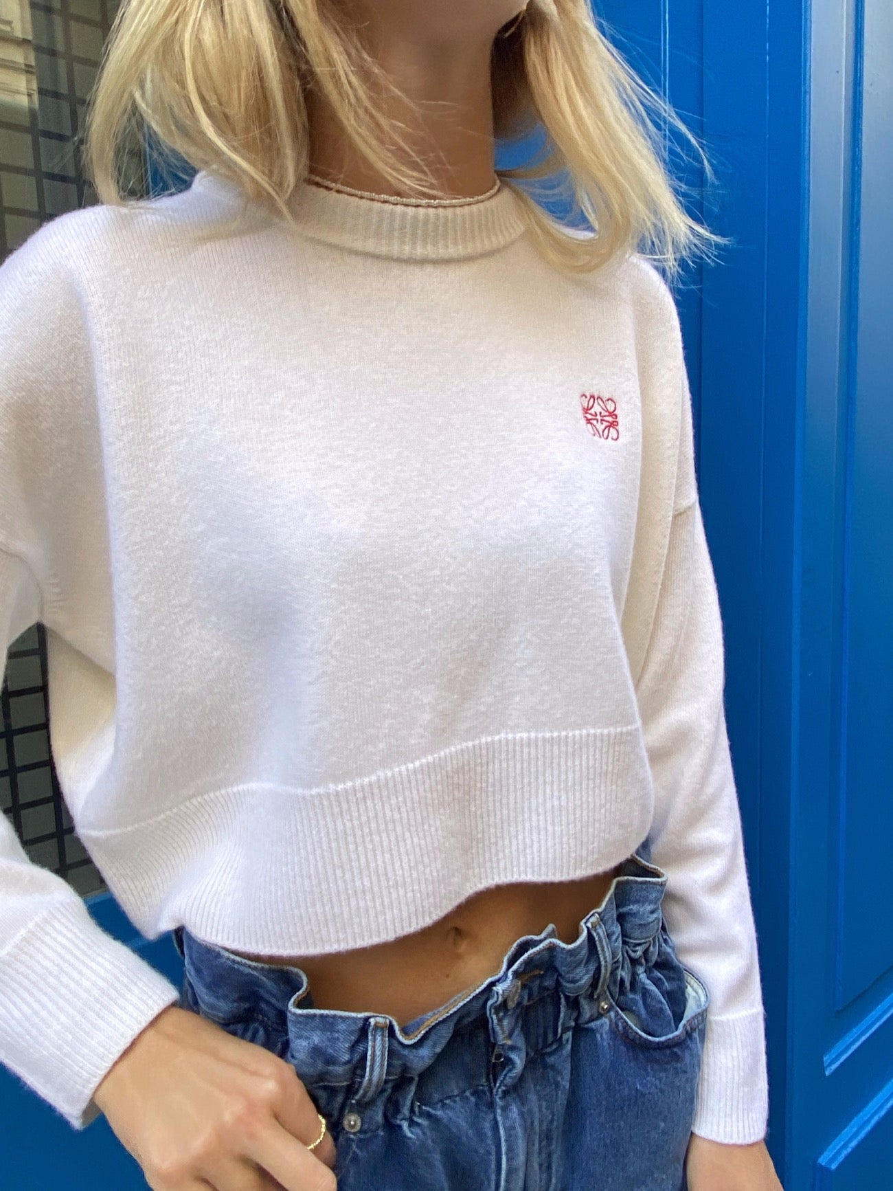 ANAGRAM CROPPED SWEATER